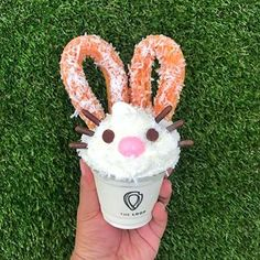Our NEW COCOBUN is now available until Sunday! 2 Lil Loop churros with strawberry glaze and coconut shreds on top of a coconut and chocolate topped soft serve to make a little bunny Catch one before they hop away! The Loop Churros, Strawberry Glaze, Candy Drinks, Unique Desserts, Chocolate Topping, Soft Serve, Easter Recipes, Food Truck, Street Food