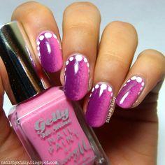 Nails By Kizzy: Valentine's Vertical Gradient