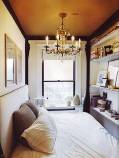 Apartment therapy bedroom simple tiny bedrooms small bedroom decorating ideas with how can i decorate my Small Apartment Bedrooms, Small Space Bedroom, Small Space Living, Small Rooms, Small Apartments, Tiny Bedrooms, Teenage Bedrooms, Studio Apartments, Narrow Bedroom