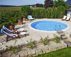 Macht doch Ferien zuhause! Ob Schwimmbecken, Teich oder Whirlpool – Wasser tut uns einfach gut!