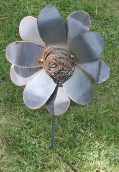 Flower with coil center