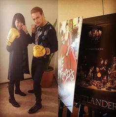 Sam Heughan with fan in Tokyo, Japan 3/2016