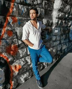 All The Reasons We Love Parth Samthaan Tv Actors, Actors & Actresses, Cute Celebrities, Celebs, Erica Fernandes, Crush Pics, Dear Crush, Instagram Photo Editing, Cute Funny Quotes