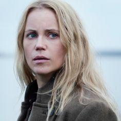Sofia Helin as Saga Norén.