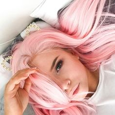 Pink day is coming again see our sweet babe @decadex looks so in love with her pink Long Straight wig.Do you like itgirls?wig sku:edw049 Use Coupon Code:mom20 to get 20% Off on your order. www.everydaywigs.com #everydaywigs#straightwig#hairstyle#hairstyleforgirls#pinkwig#longhair#hairstyles#lacefrontwig#beauty#frontlacewig#frontlacewigs#syntheticwigs#synthetic#beauty#instyle#2017hair#beauty