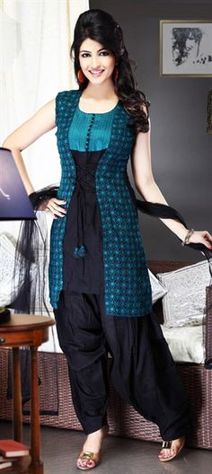 93522 Black and Grey, Blue color family Salwar Kameez in Cotton fabric with Machine Embroidery, Resham, Patch, Thread work. Salwar Suit Neck Designs, Churidar Designs, Dress Neck Designs, Kurta Designs Women, Designs For Dresses, Blouse Designs, Black Salwar Suit, Salwar Suits, Black Kurti