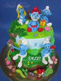 The Smurfs - by VediTorte @ CakesDecor.com - cake decorating website