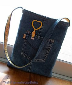 PDF Instruction -- Denim Tote for Ipad @thelittle3house #Pattern #Sewing #ipad #tote #jeans #recycle #pdf_instruction #bag #reuse #green #denim #thelittle3house