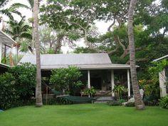 Hale Keawe courtyard Kealakekua Bay, Bali House, Hawaii, Plants, Plant, Planting, Planets