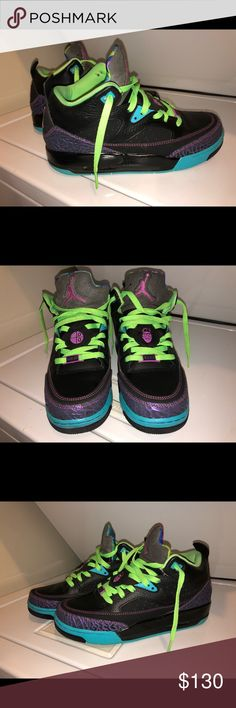 Air Jordan Son of Mars Low Bel-Air Youth 7/Women 9 Air Jordan Son of Mars Low  Bel-Air Youth 7 / Women's 9 in excellent condition no flaws. Jordan Shoes Sneakers
