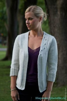 0fdc2680cf9 Ravelry  Metro pattern by Connie Chang Chinchio - white cabled open cardigan  sleeves