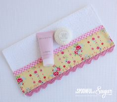 Face Washer with Crochet Trim - A Spoonful of Sugar