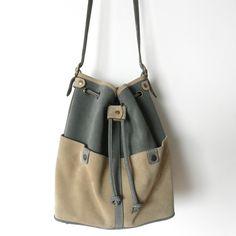 Camden Bags  Own design leather bags    ---    Camden Carteras  Carteras de cuero diseño propio    http://www.facebook.com/camden.carteras