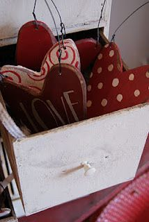 polka dots, valentine day, pet, front doors, wire hangers, treasure boxes, cottages, country, cottag gal