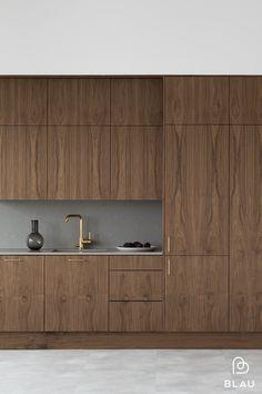 Kitchen Room Design, Modern Kitchen Design, Home Decor Kitchen, Kitchen Interior, Walnut Kitchen, Kitchen Cupboards, Driftwood Kitchen, Küchen Design, House Design