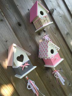 Sfeer impressie groepje vogelhuisjes #vogelhuisje #kinderkamer #muziekdoosje