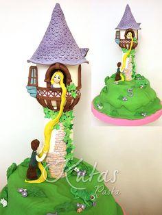 Rapunzel Pastası Kule. 5 yaş kız çocuk pastası olarak tasarımı yapıldı.