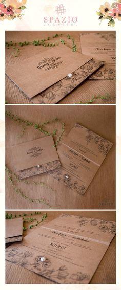 Lindo convite de casamento Rustico, com um monograma brasão no papel kraft, casamento na praia e no campo.