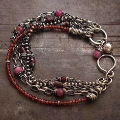 SALE 15 % off Garnet bracelet • Chain bracelet • Sterling silver 925 • Ruby Rough garnet • link bracelets Bracelet Fil, Garnet Bracelet, Gemstone Bracelets, Link Bracelets, Handmade Bracelets, Jewelry Bracelets, Handmade Jewelry, Chain Bracelets, Strand Bracelet