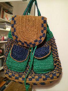 Mochila de crochet y radia