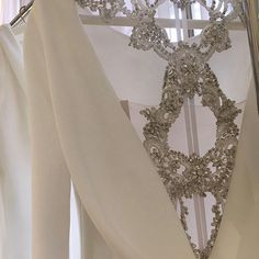 """14 likerklikk, 2 kommentarer – Wedding Ideas (@weddingideas) på Instagram: """"We previewed the extravagant new @pronovias collection this morning available in April there is…"""""""