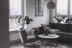 living room black&white