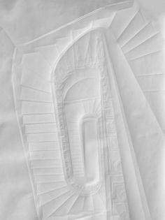 Papier Arbeiten / Simon Schubert    L'artiste allemand Simon Schubert crée minutieusement chacun de ces dessins d'architecture par pliage en deux dimensions d'une feuille de papier.