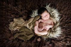 Newborn baby boy #bimbiphotobaby #newbornphotographer #newborn #newbornphotographer #babyboy #baby