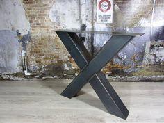 Stoere robuuste met de handgemaakte industriele tafelpoten, model X Kruispoot