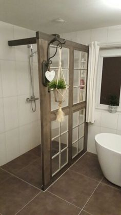 Glasfenster als Trennwand Glasfenster als Trennwand The post Glasfenster als Trennwand appeared first on Landhaus ideen. diy bathroom decor Glasfenster als Trennwand Framing A Basement, Shower Cabinets, Diy Casa, Bathroom Renos, Bathroom Ideas, Master Bathroom, Master Shower, Bath Shower, Bathroom Inspiration