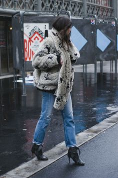 Carin Wester coat / Carin Wester scarf / Saint Laurent sweater / Maje belt / Levi's 501 / Isabel Marant boots
