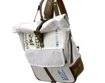 Recyclé voiture Airbag Roll Top Backpack / / Upcycled et fait main par peace4you - modèle bckpck-2187