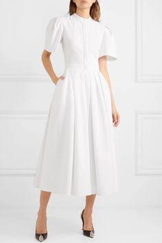 Alexander McQueen Pleated Cotton-piqu¨¦ Dress - White , Modest Dresses, Day Dresses, Summer Dresses, 40s Fashion, Fashion Dresses, Alexander Mcqueen, Sparkly Outfits, Full Skirts, Outfits