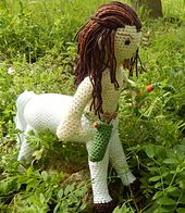Centaur amigurumi pattern from ami loves gurumi - Always expect the unexpected Cute Crochet, Crochet Toys, Knit Crochet, Crochet Feather, Crochet Dolls Free Patterns, Amigurumi Patterns, Hogwarts, Harry Potter Crochet, Loom Knitting