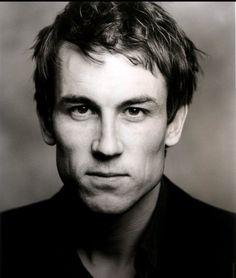 Tobias Menzes - @Outlander_Starz