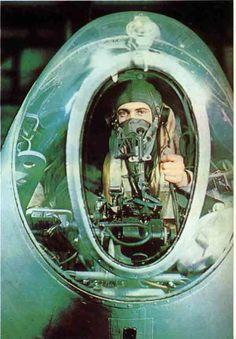 Geoffrey De Havilland ::: http:& Ww2 Aircraft, Fighter Aircraft, De Havilland Mosquito, Spooky Places, Royal Air Force, World War Ii, First World, Wwii, Aviation