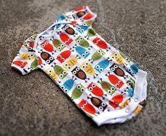 Baby Handmade Onesie (body suit) Colorful Owl Print by SunnuBunnu on Etsy Picnic Blanket, Outdoor Blanket, Colorful Owl, Handmade Baby, Handmade Gifts, Owl Print, Onesie, Newborns, Baby Shower