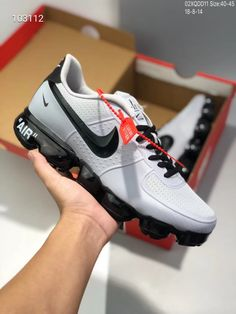 1f4e9f83f285 Nike Air Vapormax, Asics, Air Max Sneakers, Sneakers Nike, Beautiful Shoes,