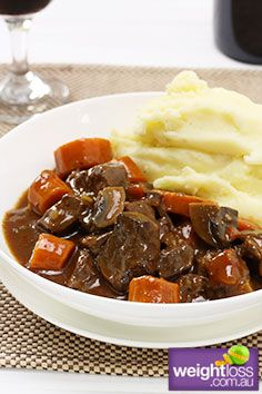 Healthy Dinner Recipes: Beef & Red Wine with Mashed Potato. #HealthyRecipes #DietRecipes #WeightlossRecipes weightloss.com.au