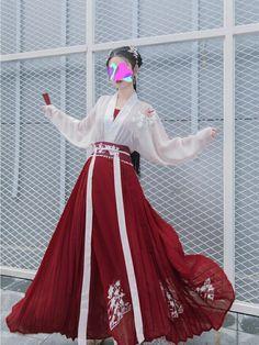 Chinese Clothing Traditional, Traditional Fashion, Traditional Dresses, Kimono Fashion, Lolita Fashion, Fashion Dresses, Mode Kimono, Mode Kawaii, Fantasy Dress