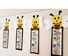 Bee Crafts For Kids, Toddler Crafts, Fun Crafts, Art For Kids, Preschool Classroom Rules, Classroom Crafts, Bee Drawing, Insect Crafts, Preschool Art Activities