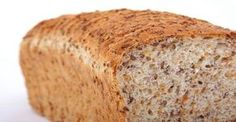 Many people consider that bread is the ideal addition to almost any food. But bread should be avoided, cardiologists reveal that the only type of bread we should eat must be gluten free. Therefore here we have the absolute hit, flourless bread recipe. Gluten Free Recipes, Bread Recipes, Low Carb Recipes, Cooking Recipes, Ww Recipes, Family Recipes, Banting Recipes, Quick Recipes, Healthy Recipes