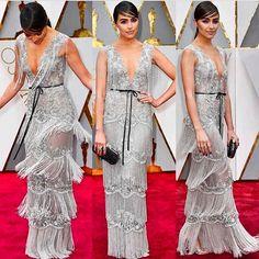 Look Oscar 2017. Amei, amei, amei! Um vestido delicado pela cor e amarração super feminina na cintura. O penteado e maquiagem combinaram com o look totalmente.