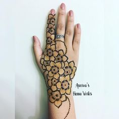 Hina, hina or of any other mehandi designs you want to for your or any other all designs you can see on this page. modern, and mehndi designs Beautiful Henna Designs, Best Mehndi Designs, Henna Tattoo Designs, Mehandi Designs, Mehandi Henna, Hand Mehndi, Henna Art, Menhdi Design, Modern Henna