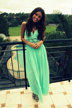 cutest maxi dress i've ever seen!