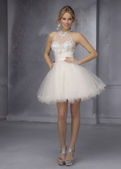 Sparkly Beaded Sheer Halter Neck Champagne Open Back Homecoming Dress