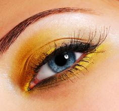 yellow eyeshadow