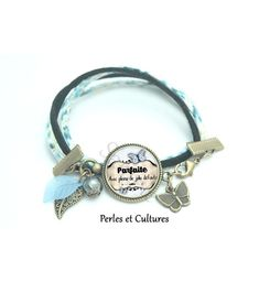 Bracelet liberty cabochon ღ Parfaite Avec pleins de jolis défauts Parfait, Bracelets Liberty, Love Vintage, Alex And Ani Charms, Charmed, Jewelry, Black Glass, Brass, Pretty