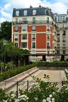 Montmartre Quarter, Square Suzanne Buisson, Paris XVIII