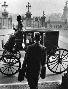 Buckingham Palace | by Leonard Bentley